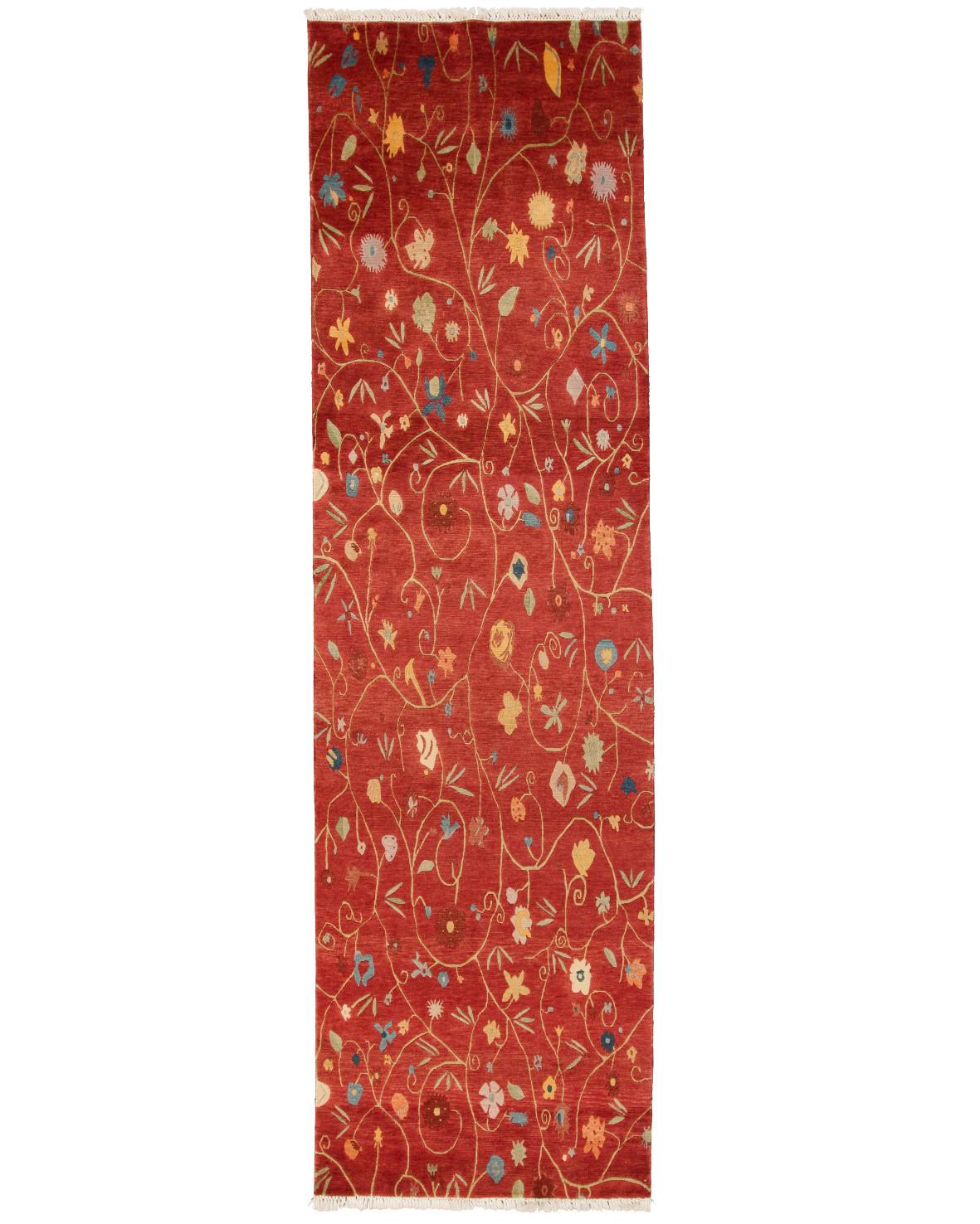 Handknuten hallmatta från Nepal på röd botten med blommor