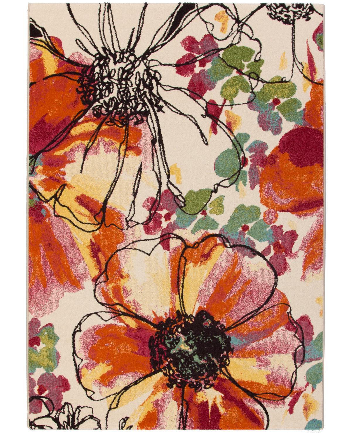 Pistill är en maskinvävd matta luggmatta med blommönster och ljus bakgrundsfärg.